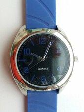 Naujas vyriškas laikrodis su silikonine apyranke