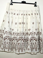 Gražus pūstas sijonas