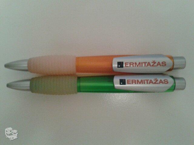 Išties dideli rašikliai