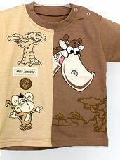 Vaikiškų marškinėlių išpardavimas.
