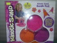 Spalvotas kinetinis smėlis