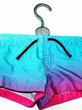 Ryškūs maudymosi šortai kūdikiams nuo gimimo