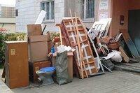 Senų baldų išvežimas Vilniuje