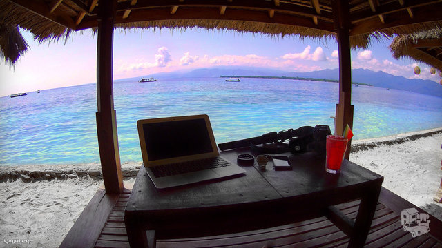 Papildomas darbas namuose internetu