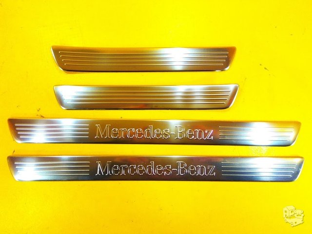 Mercedes Benz M-Class W-166 Apdailos